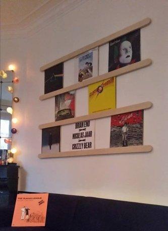 range-disque-mural-pour-mur-de-vinyles-1