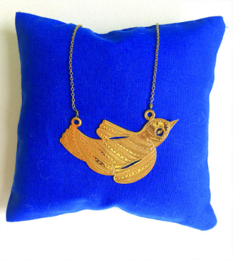 https://www.maison-chateaurouge.com/shop/collier-oiseau-migrateur