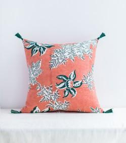 coussin-indien-rose-et-vert-sapin-60x60-cm