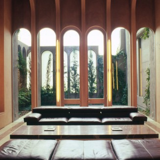 10_ricardo-bofill-and-la-fabrica-studio-in-a-former-cement-factory_home_sez
