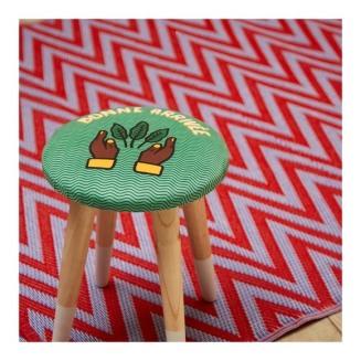 g-3612304340651-1_tabouret-imprime-maison-chateau-rouge-pour-monoprix